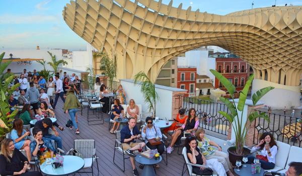 Terrazas De Moda En Sevilla Para Disfrutar Del Atardecer Del